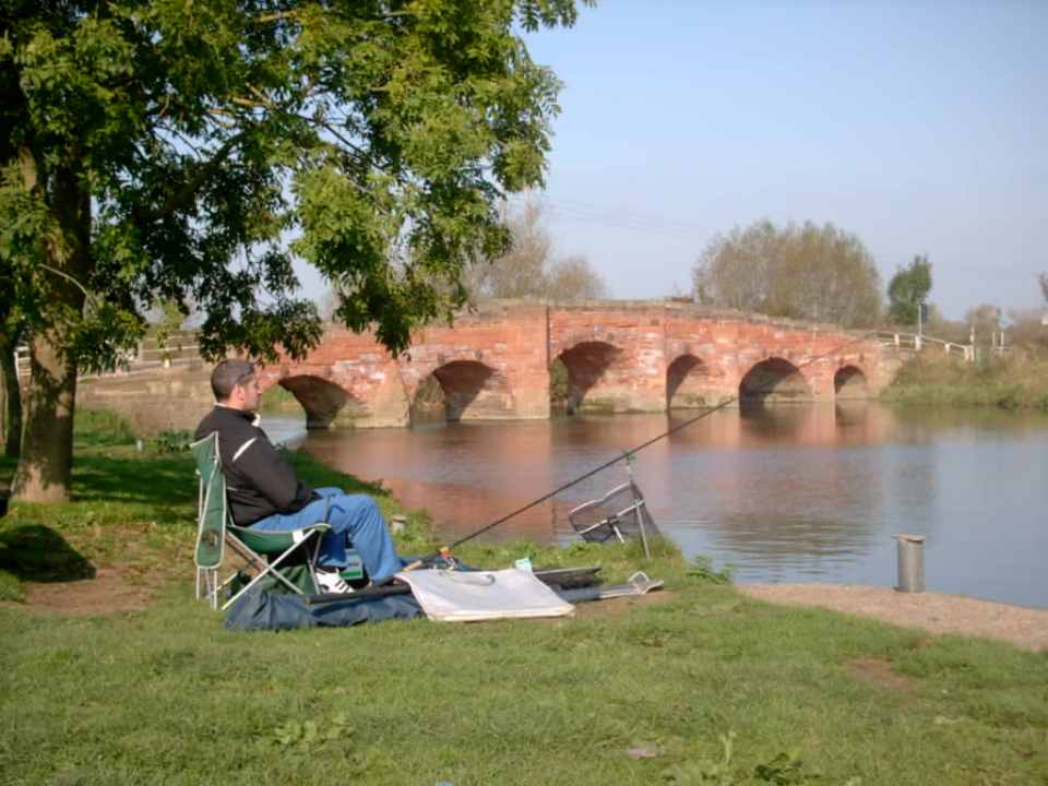 Fishing, Eckington Bridge